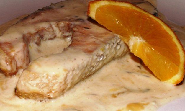 סטייק סלמון בשמנת ותפוזים