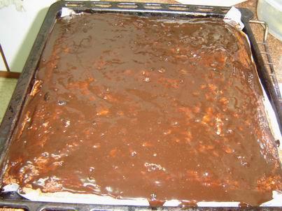 עוגת שוקולד חגיגית חמה